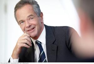 Österreichs bestbezahlter Manager, Erstebank-Chef Andreas Treichl, verdiente 2011 rund 2,5 Millionen. In Deutschland wäre er trotzdem nicht unter den Top 10 (Foto: Erstebank)