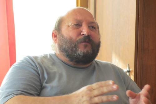 Überschuldet: Janos Ofalla kam in der Schuldner-Siedlung von Ósca unter