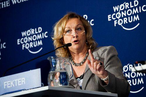Hinterlässt die - womöglich abtretende - Finanzministerin Maria Fekter ein Chaos im Rechnungswesen des Bundes? (Foto: Wikipedia)