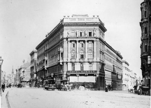 Aus Absteigen wurden im 19. Jahrhundert prachtvolle Hotels - so wie das Hotel Kummer an der Ecke Neubaugausse (Foto: BM 1060)