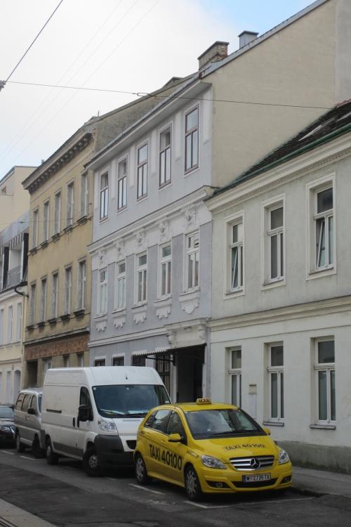 Meidling, Murlingengasse: Was passiert hinter diesen Mauern? (Foto: Gepp)