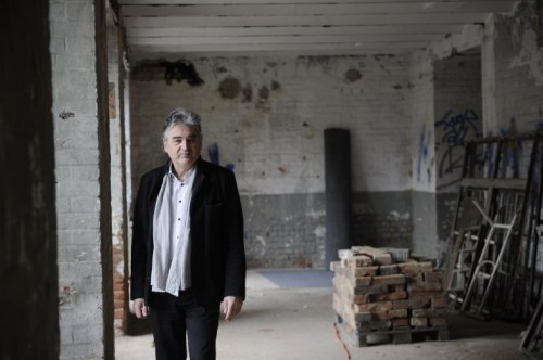 Schuf ein Künstlerviertel im Zehnten: Walter Asmus (Foto: Heribert Corn)