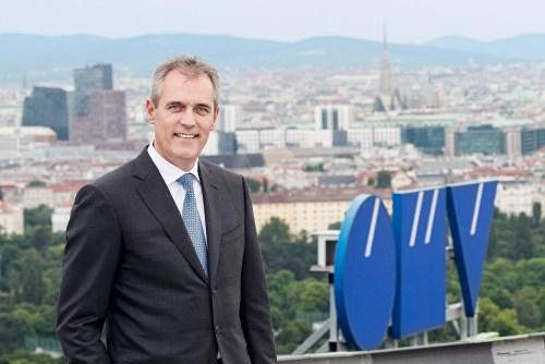 Rainer Seele, 55: Der gebürtige Bremerhavener übernahm im vergangenen Sommer die Führung der OMV. Der ehemalige Wintershall-Chef verfügt über exzellente Kontakte nach Russland und fungiert als Präsident der Deutsch-Russischen Auslandshandelskammer (Foto: OMV).