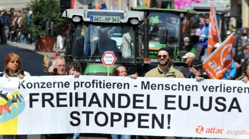 Demonstration von TTIP-Gegnern in Deutschland (Foto: Attac)
